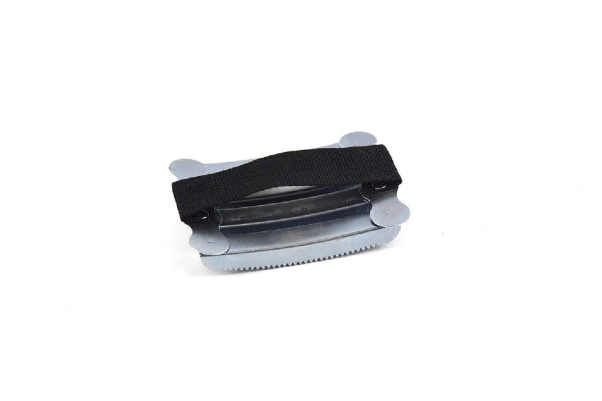 Metal Horse Grooming Curry Comb 12.7cm * 10cm Stainless Steel Without Handle